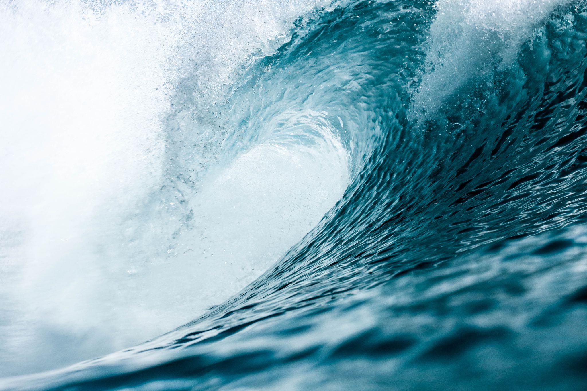 tidal wave stress dream