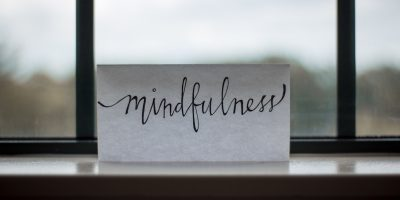 Symbol for Mindfulness: See Through Past Fogs and Focus on the Present
